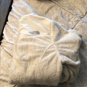 White north face fluffy jacket size small